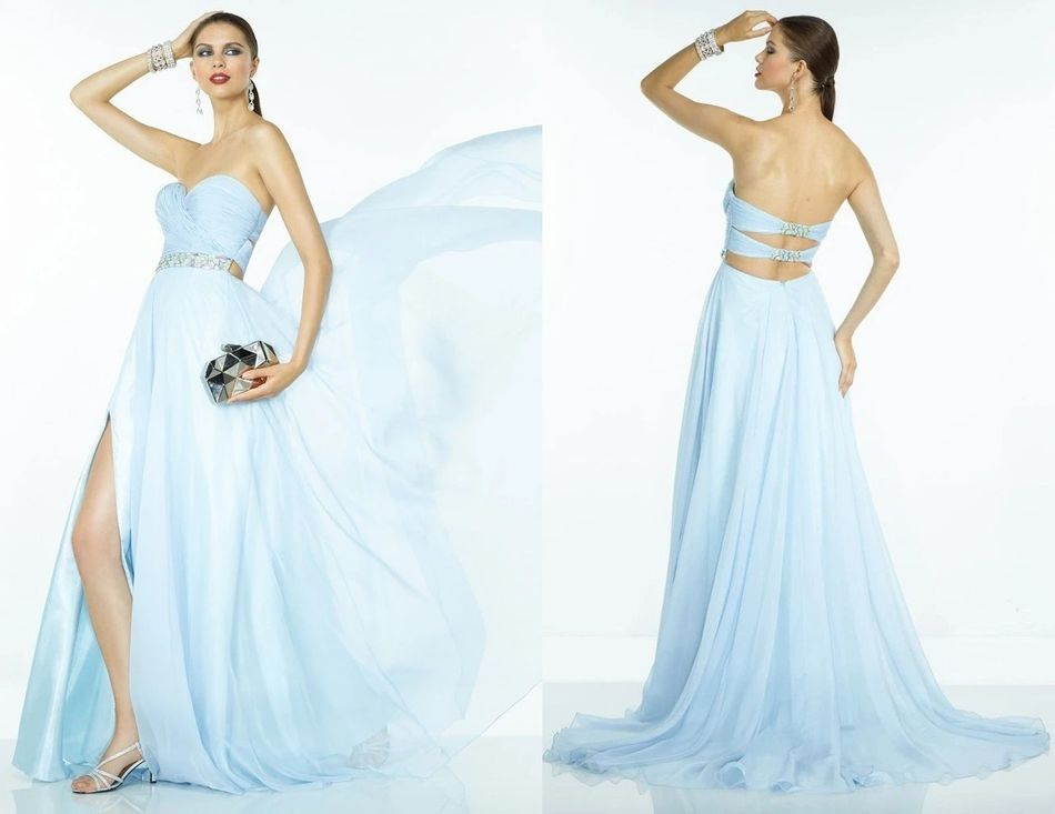 Plunging sweetheart pleated dress